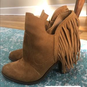 Jessica Simpson suede fringe booties size 11
